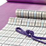 紫根染の着物に吉野格子の帯